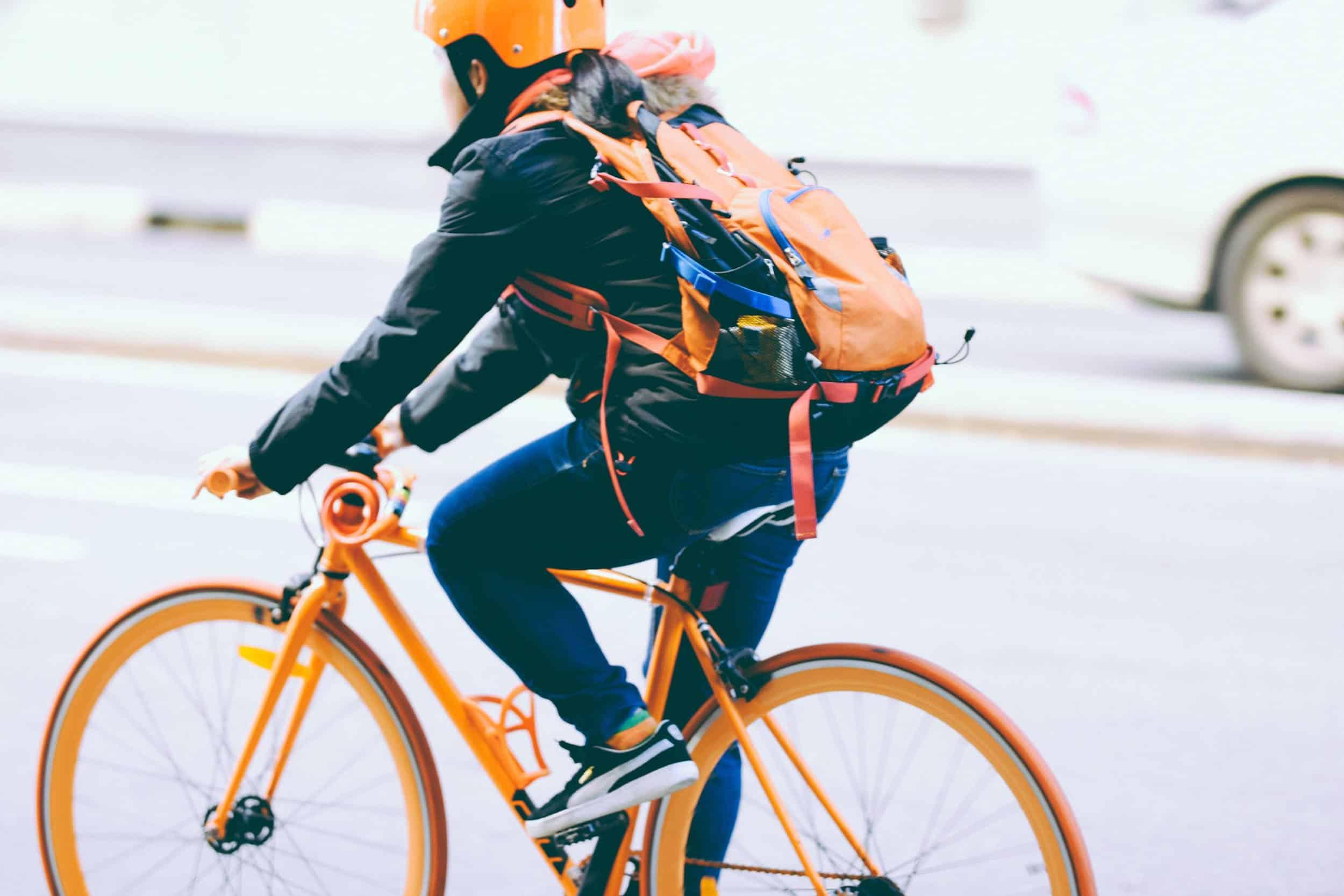 Samdai Courier riding